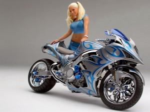 Chica con moto 5