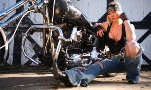 Chica con moto 22