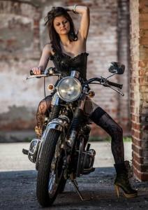Chica moto 6