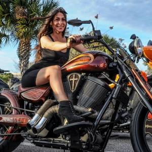 Chica moto 5